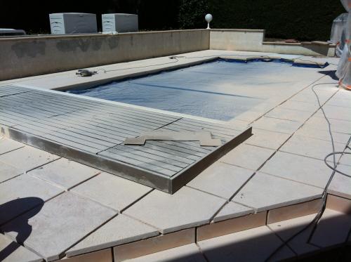 Travaux de dallage piscine, réfection des joints à Chazay d'Azergues