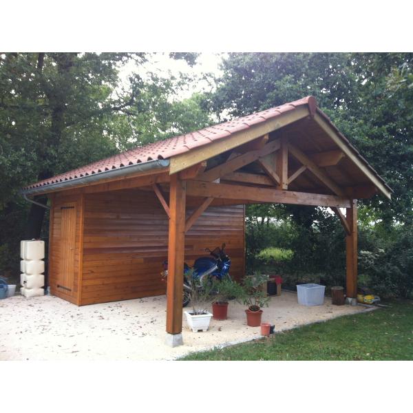 Local extérieur en ossature bois, Chazay d'Azergues (69)
